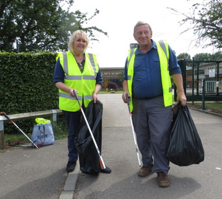 Noreen and Jerry litter pick